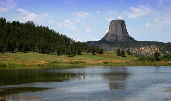 Вид Башни Дьявола с реки - фото на mifistoria.info
