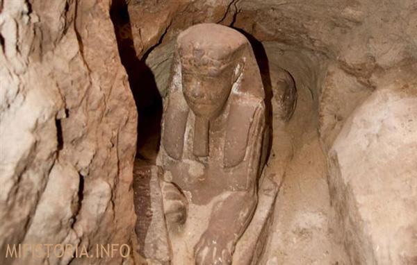 Еще одна статуя Sfinksa - изображение на mifistoria.info
