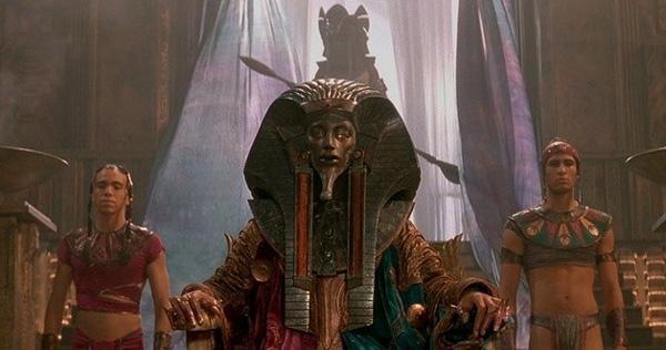 Кадр из фильма «Звездные врата» 1994 год