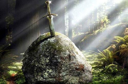 Легендарный Меч Экскалибур - фото на mifistoria.info