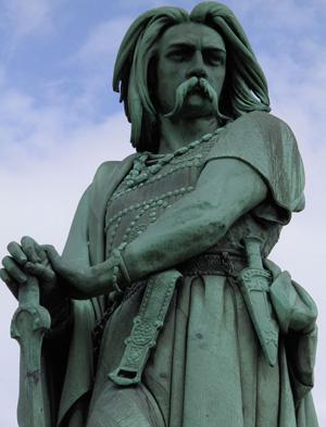 Статуя Верцингеторикса