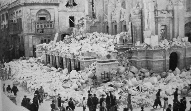 Мальта после немецкой бомбардировки