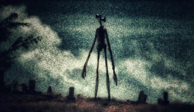 Сиреноголовый на кладбище