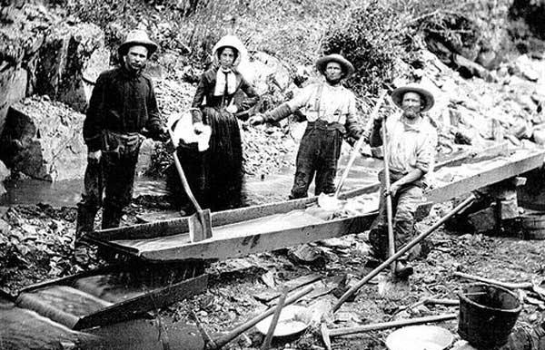 Золотодобытчики за работой, фото 1850 г.