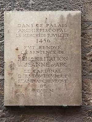 Памятная доска в Руане