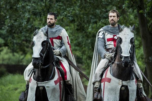 Рыцари в кадре из фильма «Падение Ордена»