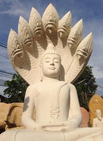 Наги – защитники Будды