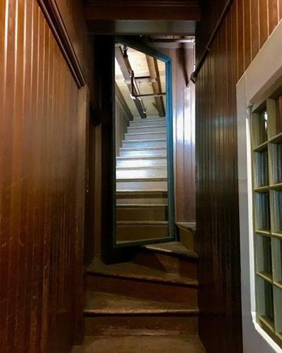 Дом Винчестеров: экскурсия одного смельчака закончилась для него исчезновением