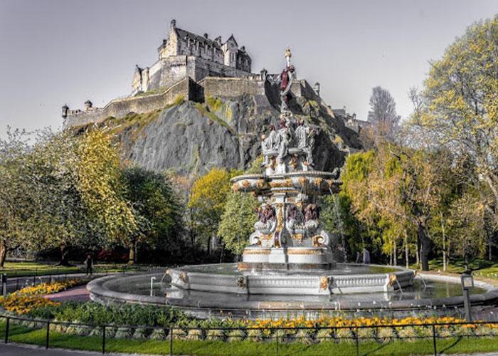 Изысканные пейзажи дворца