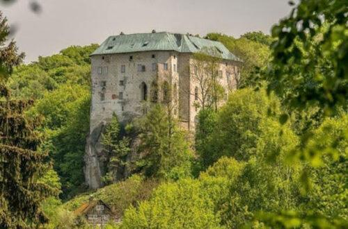 Замок Гоуска в Чехии: исторический памятник и врата в Ад