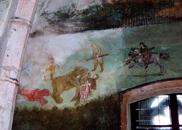 Изображения на стенах замка