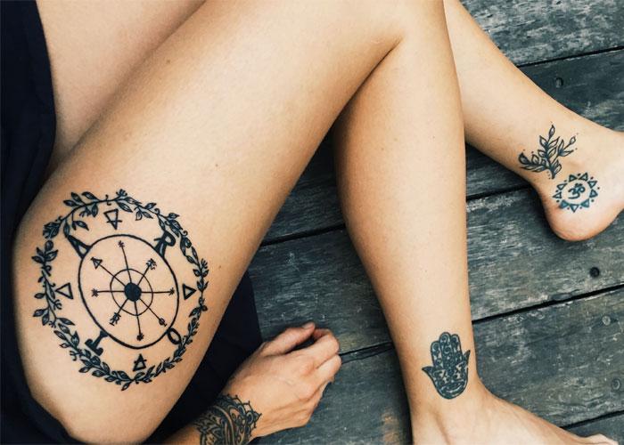 Татуировка с древним символом удачи