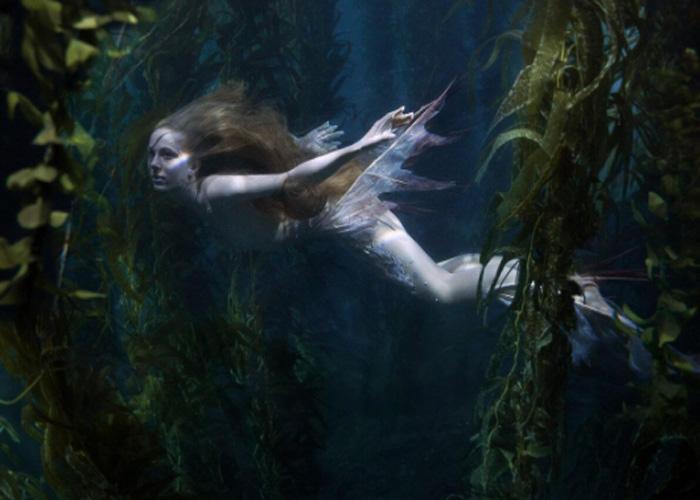 Русалка, обитающая в водных просторах