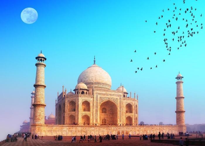 Индийская мечеть, как символ вечной любви
