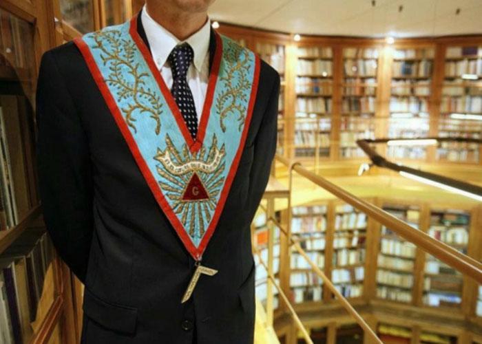 Сегодня масоны в основном занимаются просветительской и благотворительной деятельностью
