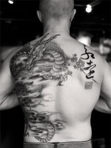 триада татуировка