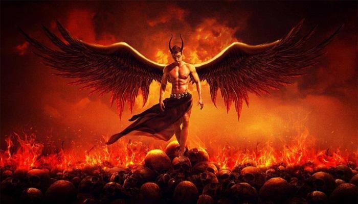 Сатана в Аду