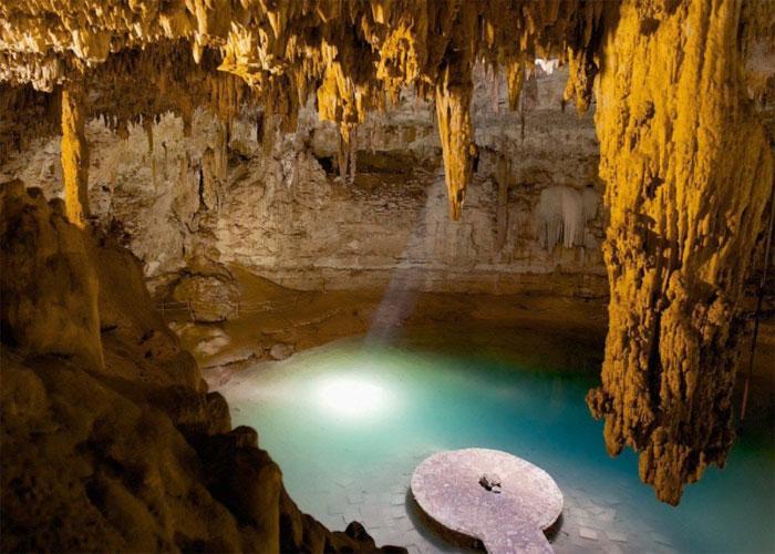 Подземное озеро Чичен-Ица для жертвоприношений
