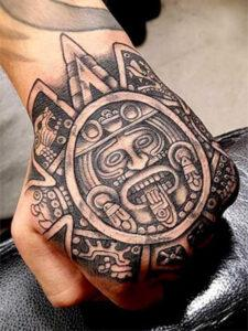 знак майя на руке