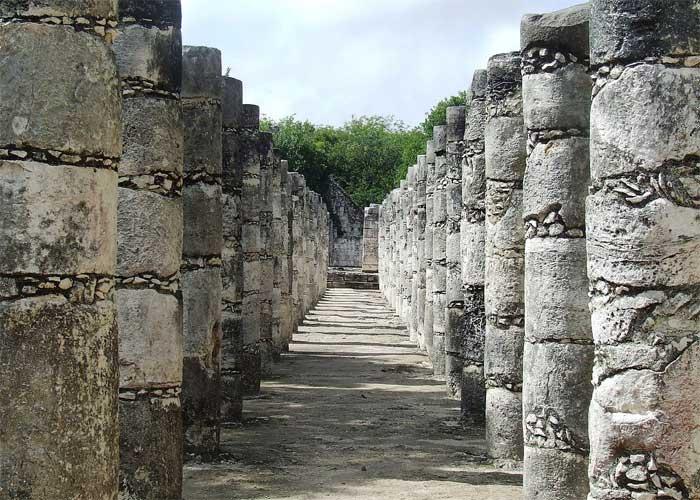 Аллея тысячи колонн