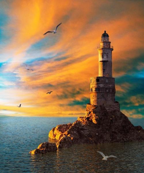 Величественная башня, возвышающаяся на краю скалы